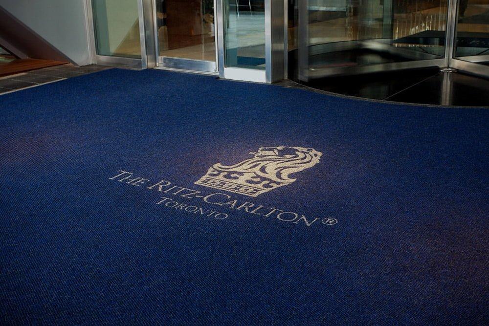 Logomatten Werbematten Hotel Geschäftsgebäude