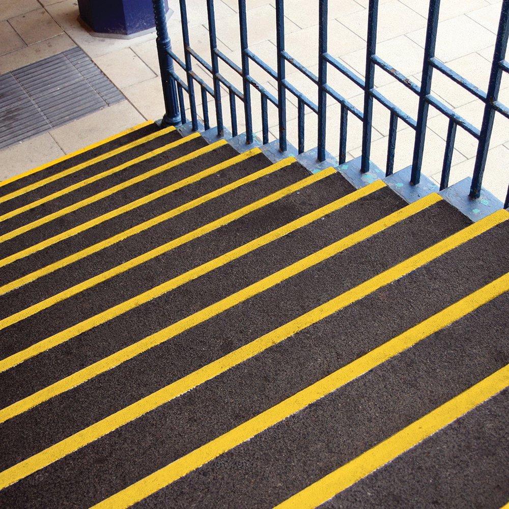 Treppenkantenprofil Treppenkantenschutz GFK Siliziumkarbid Rutschhemmend Singalfarbe Sicherheit Treppen