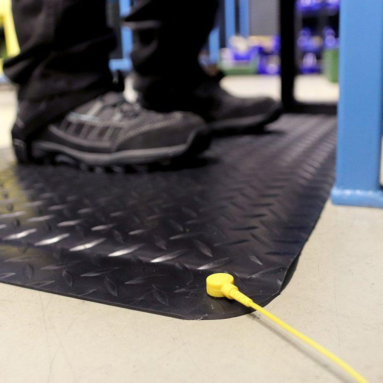Deckplate Anti-Static Robuste zweilagige Anti-Ermüdungsmatte Anti statisch ESD