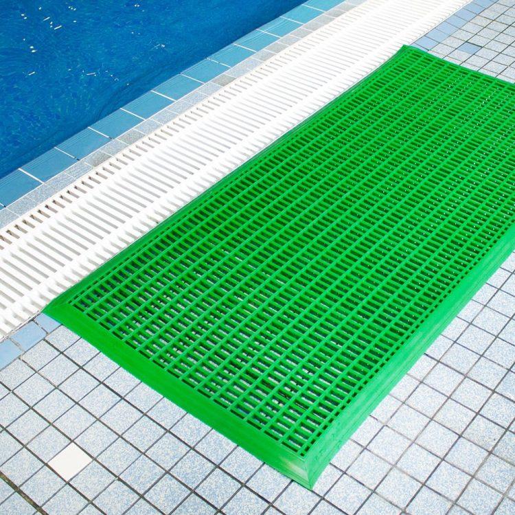 Antirutschmatte Schwimmbäder Pools Umkleiden Sporthalle Drainage Nassbereich