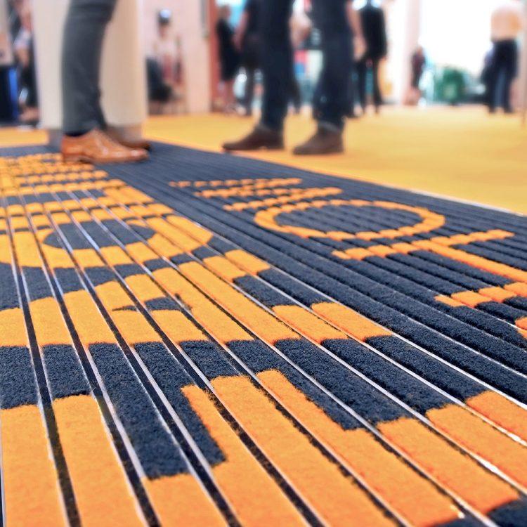Schmutzfangsystem Schmutzfangmatte Sauberlaufmatte Sauberlaufzone Eingangsbereich Plana