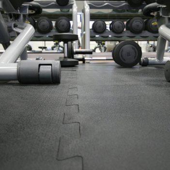 Schutzmatte Antirutschmatte Stossfangmatte Fitnessstudio Sportmatte Gummimatte