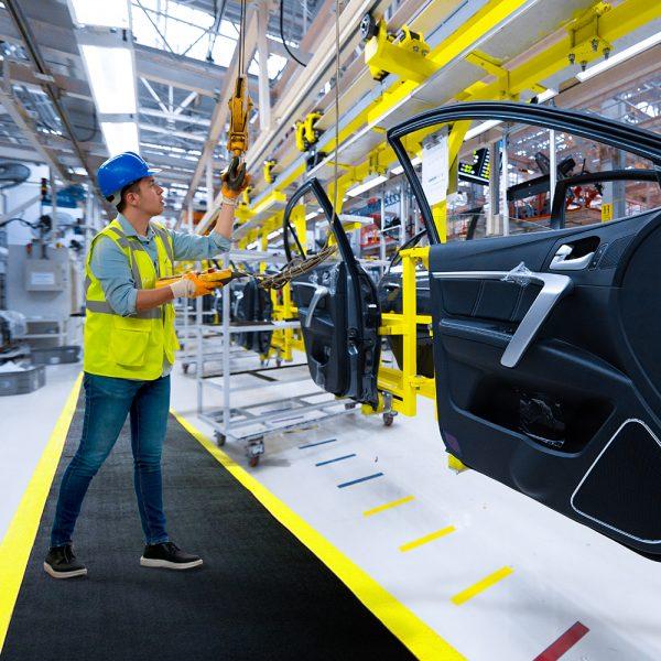Alfombra de seguridad Alfombra antifatiga Orthomat COBA Europe fabricante de alfombras de trabajo