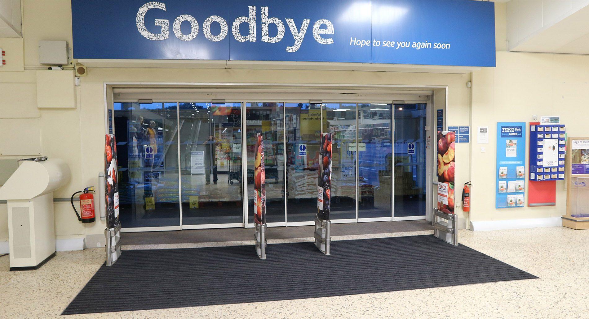 supermarket entrance matting