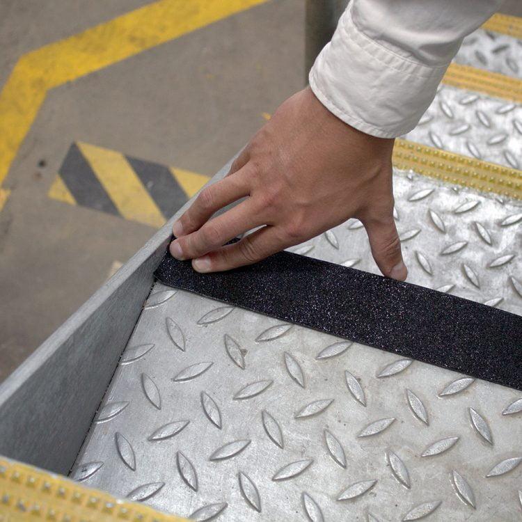 Revêtement de sol antidérapant Bande adhésive antidérapante Sécurité du sol