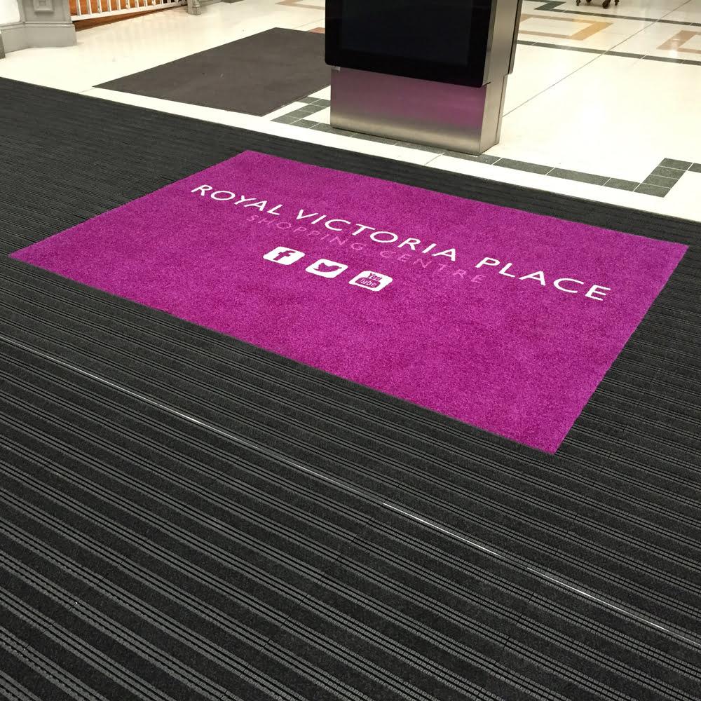 Tapis à logo Tapis publicitaires Hôtel Bâtiment commercial