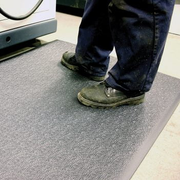 Tapis industriels Tapis antidérapant Tapis de travail Tapis antifatigue Articles de compteurs