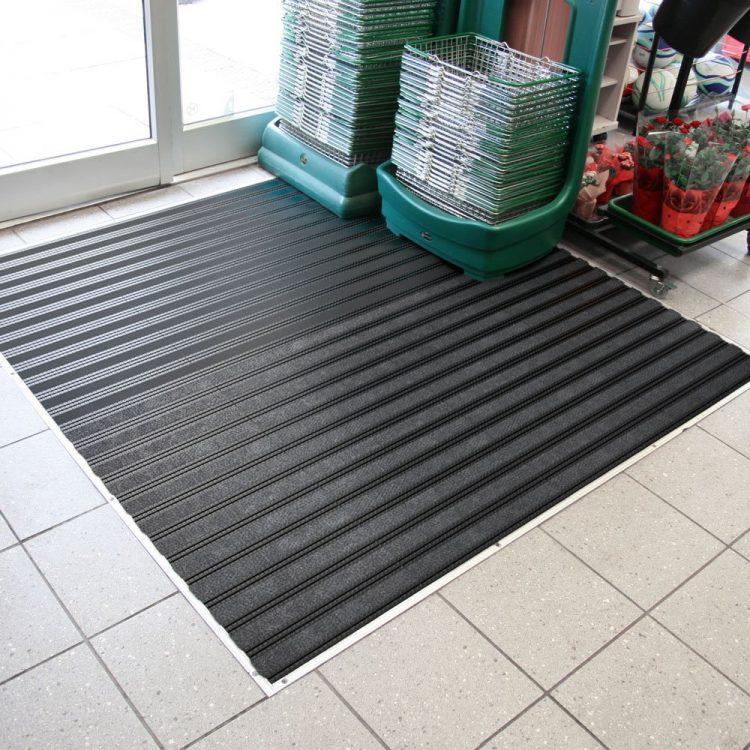 Zone de course propre Verrouillage de la saleté Zone d'entrée Entrée Modulaire Carreaux passables