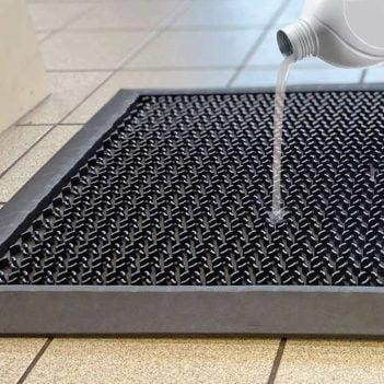 Tapis de sol désinfectant en pose libre