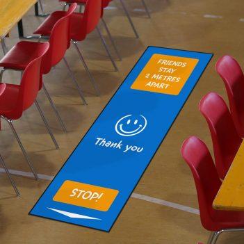 Tapis de distanciation sociale pour les écoles