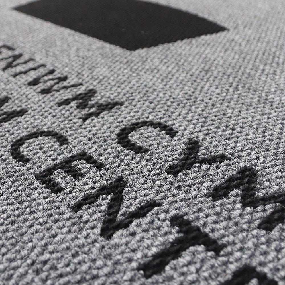 Wysokiej jakości, solidna mata czyszcząca do mat z logo