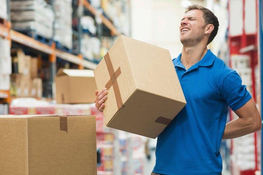 Ból pleców spowodowany zmęczeniem w miejscu pracy