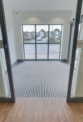 Swimming Pool Entrance Matting for Dirt
