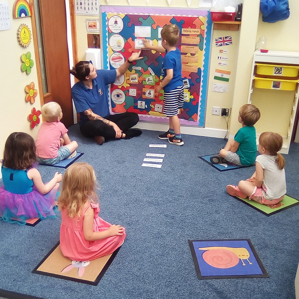 play mats for school animals social distancing