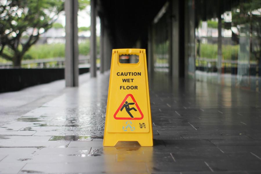 slips hazard sign